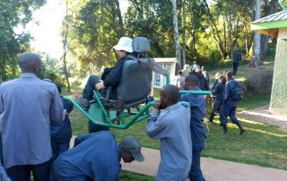 Can physically unfit persons trek gorillas